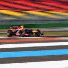 Mark Webber pilota el RB8 en los libres de Corea
