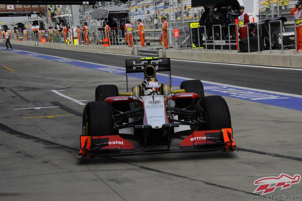 Dani Clos rueda con el F112 en los Libres 1 del GP de Corea 2012