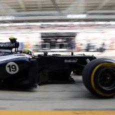 Bruno Senna en el pit-lane del circuito de Corea