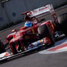 Fernando Alonso saldrá desde la segunda fila en Corea 2012