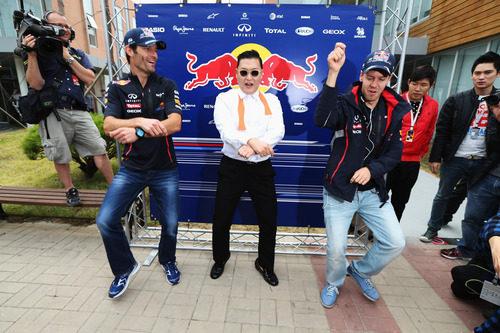 Webber y Vettel bailan en 'Gangnam Style' en Corea junto a PSY