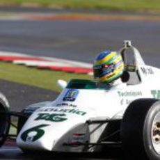 Bruno Senna prueba maquinaria de los 80