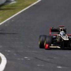 Kimi Räikkönen disputa la clasificación en Japón