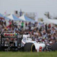 Kamui Kobayashi rueda ante sus aficionados en Japón