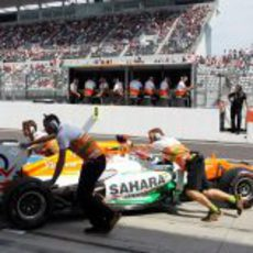 Paul di Resta regresa al garaje en Suzuka
