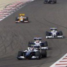 Nakajima pelea con los BMW
