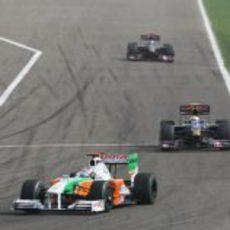 Sutil por delante de los Toro Rosso