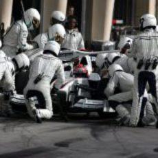 Kubica hace una parada