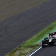 Vitaly Petrov durante la Q1 del GP de Japón 2012