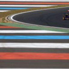 Jean-Eric Vergne en su Toro Rosso durante los libres