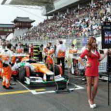 El coche de Paul di Resta en parrilla