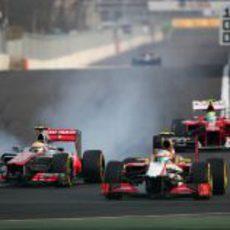 Lewis Hamilton se pasa de frenada