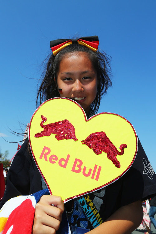 Una fan de Red Bull en Japón