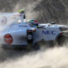 Salida de pista de Sergio Pérez en la carrera de Suzuka