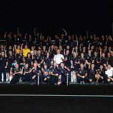 Red Bull celebra la victoria de Vettel en Japón