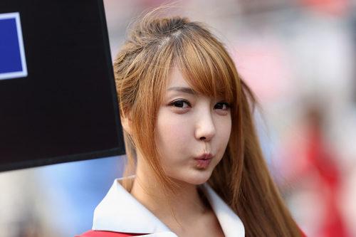 Una de las 'pit babes' del GP de Corea 2012