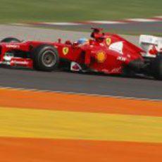Fernando Alonso en los entrenamientos del GP de India 2012