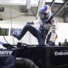 Valtteri Bottas se sube al FW34 en India