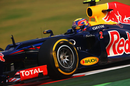 Mark Webber exprime el RB8 en India