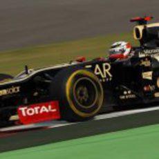 Kimi Räikkönen rueda en India