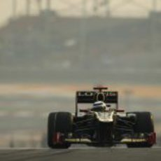 Kimi Räikkonen estrena un alerón delantero