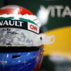 El casco de Vitaly Petrov