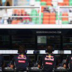 El muro de Red Bull durante la clasificación del sábado