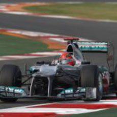 Michael Schumacher pilota su Mercedes en India