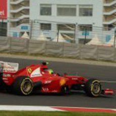 Felipe Massa rueda con el blando en el circuito de Buddh