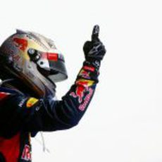 Sebastian Vettel y su dedo dominan en India 2012