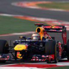 Sebastian Vettel se escapa en Buddh