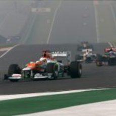 Paul di Resta trata de mantener posición en el circuito de Buddh