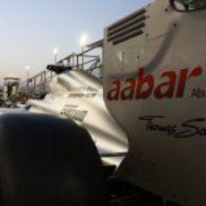 Detalle del alerón del Mercedes en Yas Marina