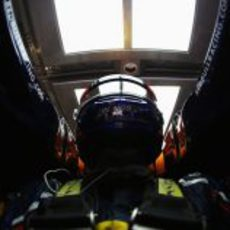 Imagen de Webber desde dentro del 'cockpit' del RB8