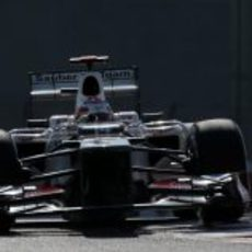 Kamui Kobayashi no tuvo buen ritmo en la clasificación del GP de Abu Dabi 2012