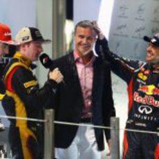 David Coulthard hizo las entrevistas en el podio de Abu Dabi