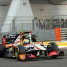 Pedro de la Rosa terminó 17º el GP de Abu Dabi 2012