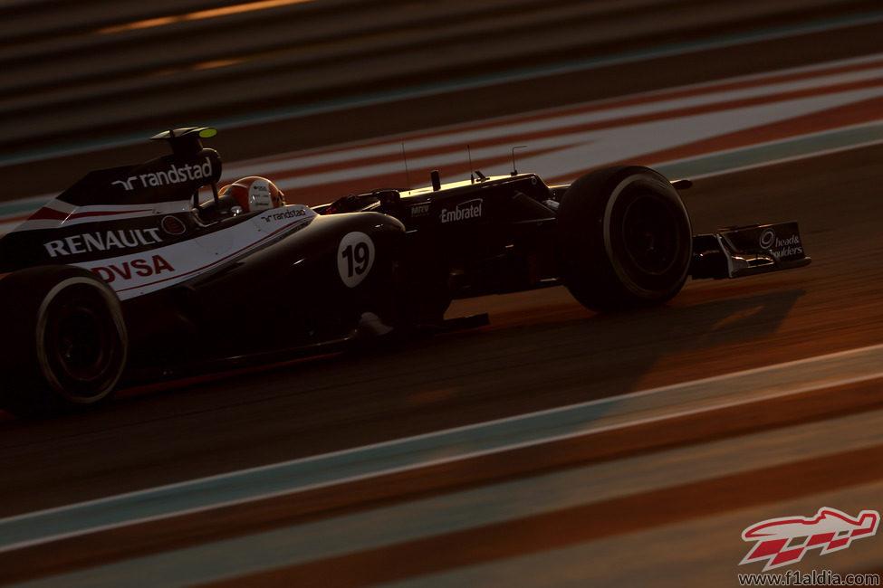 Bruno Senna consiguió puntuar en Abu Dabi al ser octavo