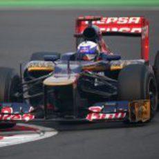 Daniel Ricciardo terminó decimotercero en India