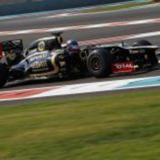 Nicolas Prost terminó quinto en la primera jornada de los test en Abu Dabi