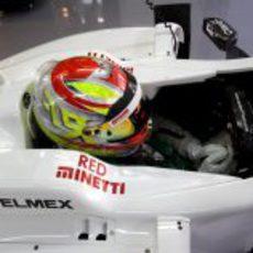 Robin Frijns terminó cuarto en la primera jornada de test en Abu Dabi
