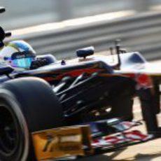 Johnny Cecotto fue el piloto de Toro Rosso para el segundo día de test en Abu Dabi