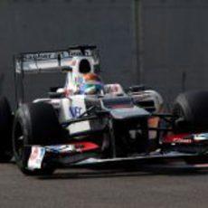 Esteban Gutiérrez terminó cuarto en la segunda jornada de test en Abu Dabi