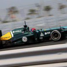 Alexander Rossi pilotó para Caterham en Abu Dabi