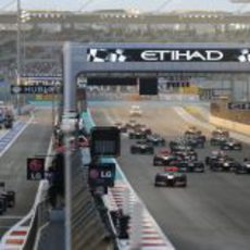 Las dos salidas del GP de Abu Dabi 2012