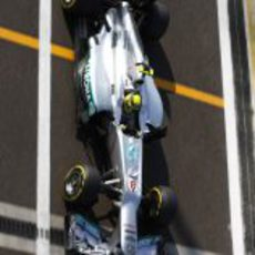 Nico Rosberg solamente rodó siete vueltas en Abu Dabi