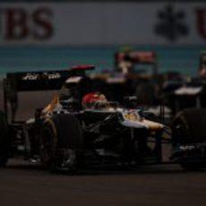 Heikki Kovalainen logró un gran decimotercer puesto en Abu Dabi