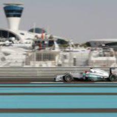 Michael Schumacher cayó en la Q2 de Abu Dabi