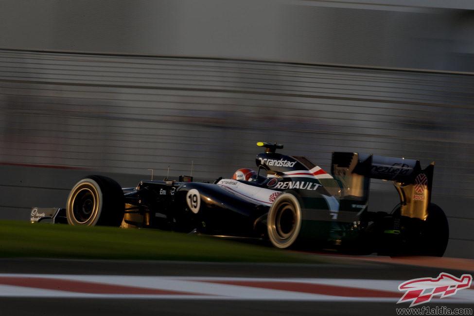 Bruno Senna rueda en la Q1 de la clasificación de Abu Dabi