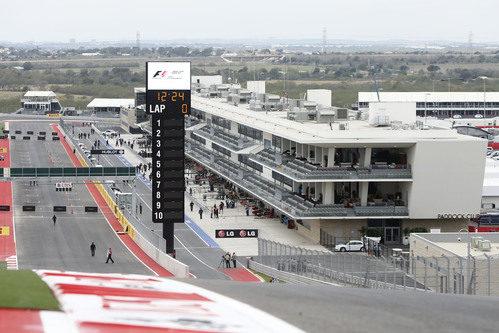 El 'pit lane' desde la curva 1 de Austin